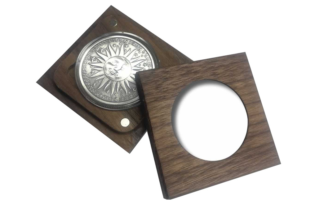 Gemini In a Solid Oak Box 999 Fine Silver High Relief Zodiac Round 1 oz
